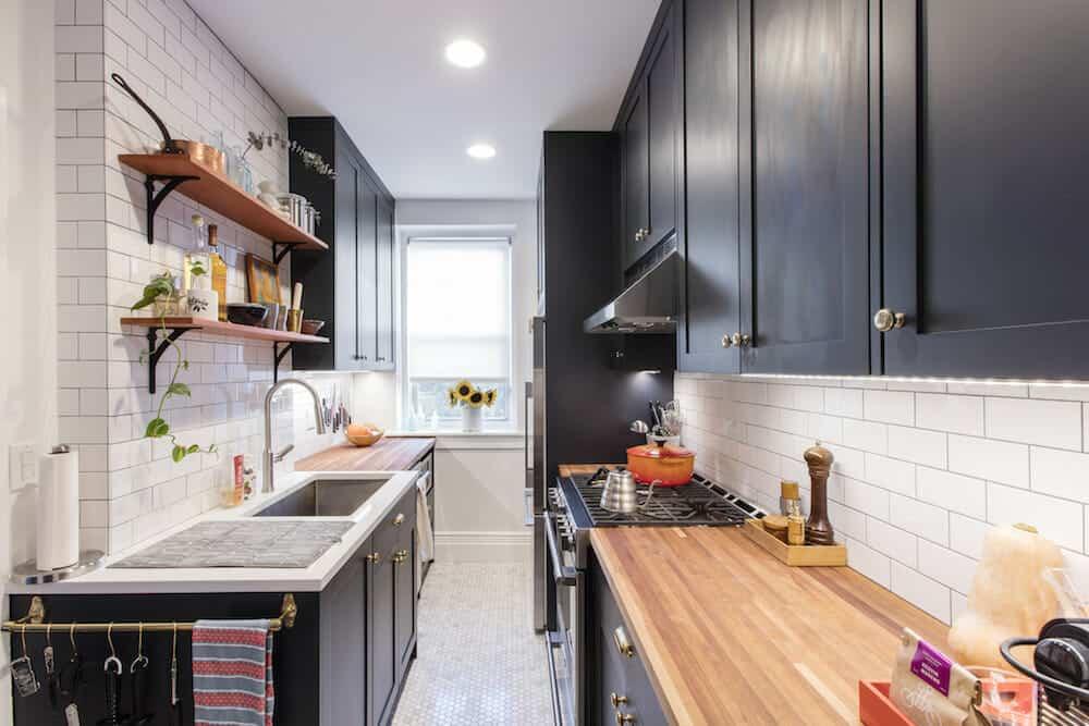 Fekete párhuzamos konyha