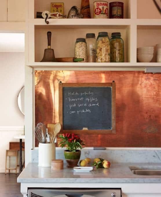 Réz fali panel konyhában