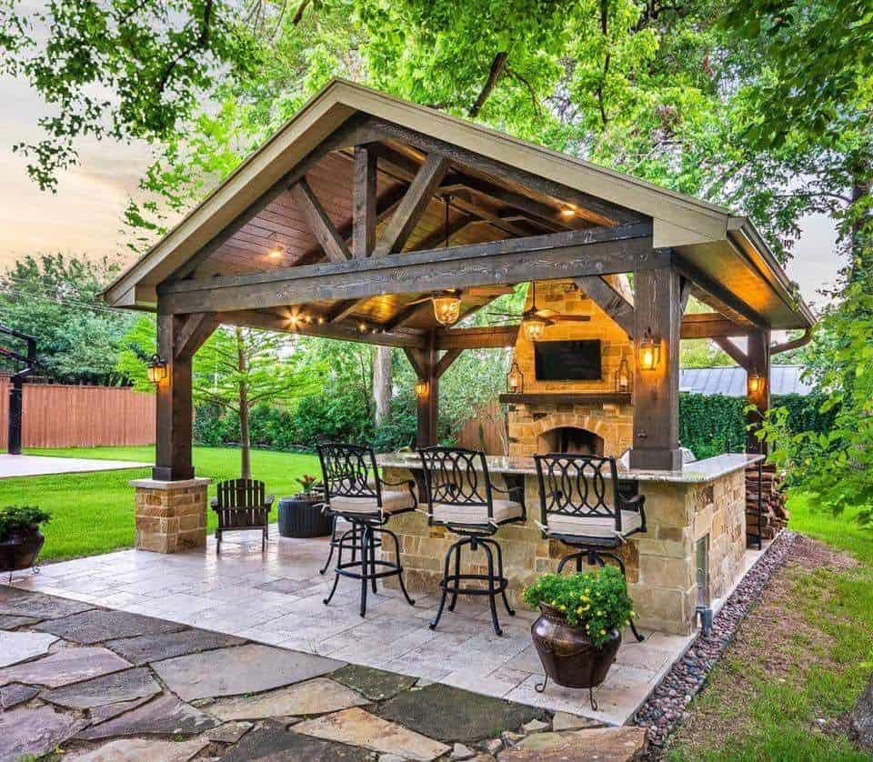 Kerti konyha és bárpult tetővel