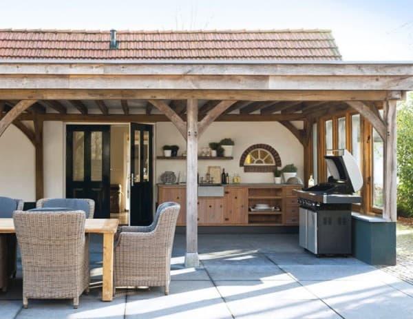 Kerti konyha tetővel
